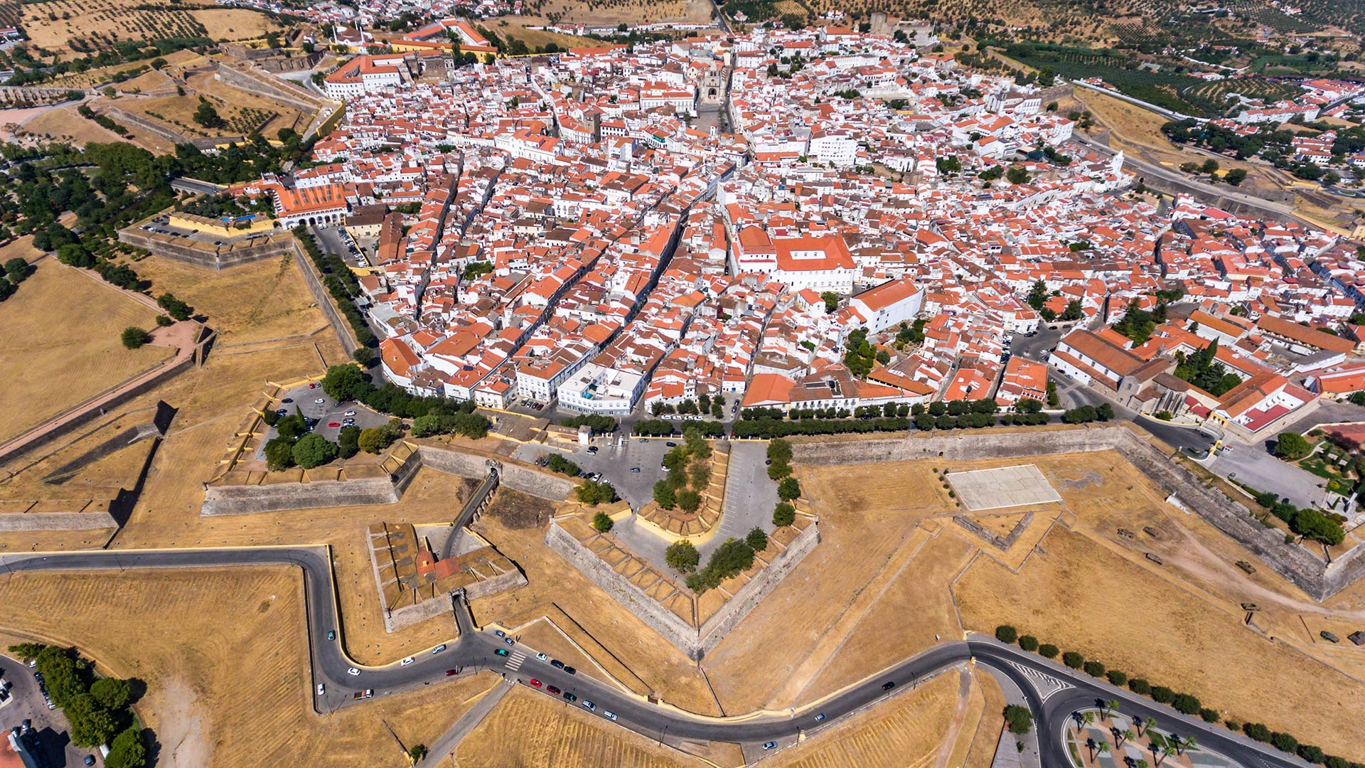 Vista aérea de Elvas / Elvas / Turismo do Alentejo
